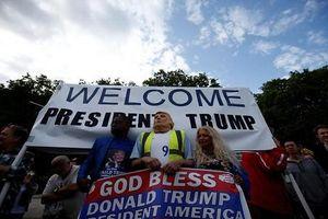 Tổng thống Trump thăm Anh: Kỳ lạ hai 'thái cực' ở London