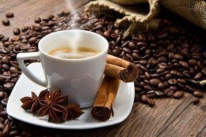 Uống 5 tách cà phê mỗi ngày vẫn an toàn cho sức khỏe tim mạch