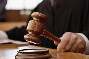 Truy tố cựu Chánh án TAND tỉnh Phú Yên cùng 3 thuộc cấp