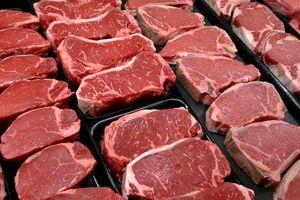 Phát hiện bệnh bò điên, Brazil tạm ngừng xuất khẩu thịt sang Trung Quốc