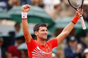 Nhẹ nhàng tiến vào tứ kết, Djokovic tạo nên lịch sử tại Roland Garros