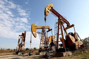 Giá dầu tiếp tục giảm do những căng thẳng thương mại