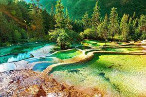 Thung lũng với 3.000 hồ nước bậc thang ở Trung Quốc