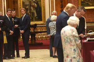 Hoàng tử Anh né tránh Tổng thống Trump trong sự kiện của Hoàng gia