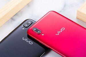Trên tay Vivo Y93 giá 3,79 triệu tại Việt Nam