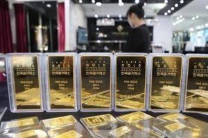 Giá vàng châu Á giao dịch gần mức cao nhất trong ba tháng