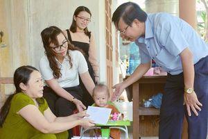 Quảng Ngãi: Trao gửi yêu thương đến trẻ mồ côi