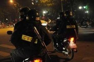 Giả CSCĐ 'giữ' xe của người đi đường vì không mang theo giấy tờ