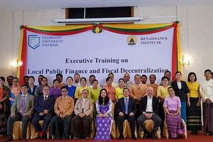 Việt Nam giúp đỡ đào tạo quản lý tài chính công cho Myanmar