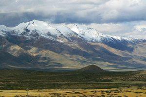 Ấn Độ đưa thi thể của 5 người thiệt mạng trên dãy Himalaya xuống núi