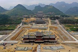'Việt Nam có nên xây công trình tâm linh rộng hàng trăm ha hay không?'