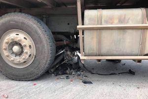 Cố tình chạy vào đường cấm, xe tải Quí Phước đâm chết một phụ nữ