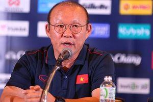 Câu hỏi của ông Park thức tỉnh người hâm mộ Việt Nam