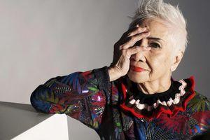 Cụ bà gần 100 tuổi làm mẫu 'nổi như cồn' trong làng thời trang Hong Kong