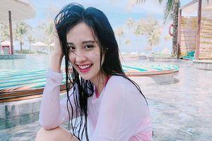 9X đóng MV của Minh Hằng 'lột xác' gợi cảm, chăm khoe ảnh diện bikini
