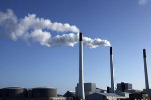 Chile thông báo đóng cửa 8 nhà máy điện than