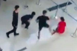 Nam hành khách đập chảy máu đầu nhân viên an ninh sân bay ở Thanh Hóa