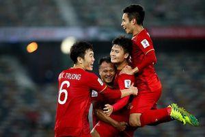 Thầy trò HLV Nguyễn Đức Thắng dự đoán tỉ số trận đấu giữa Đội tuyển Thái Lan và Đội tuyển Việt Nam