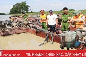 Mạnh tay xử lý, tình trạng khai thác cát trái phép ở Hà Tĩnh 'hạ nhiệt'
