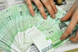Hàn Quốc thâm hụt tài khoản vãng lai lần đầu tiên trong 7 năm