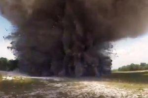Clip: Cận cảnh hủy nổ quả bom nặng 340kg tại Quảng Trị