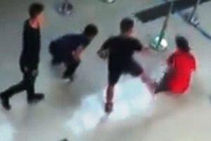 Lại xảy ra tình trạng nhân viên bị khách hành hung tại sân bay Thọ Xuân