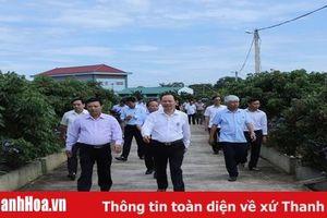 Đồng chí Bí thư Tỉnh ủy Trịnh Văn Chiến thăm và làm việc tại huyện Yên Định