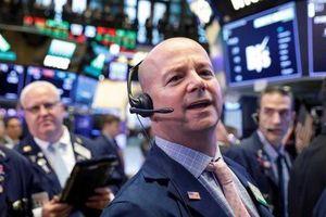 Chứng khoán Mỹ tăng mạnh nhất 5 tháng nhờ hy vọng FED hạ lãi suất