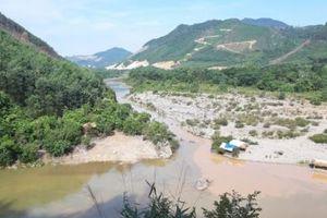 Người dân Cơ Tu sống lay lắt cạnh dự án thủy điện 'treo'