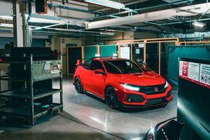 Mê mẩn Honda Civic Type R được 'tay chơi' chế tạo thành xe bán tải