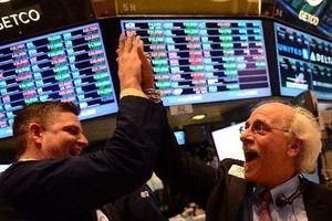 Đặt kỳ vọng vào Fed, giới đầu tư hồ hởi xuống tiền