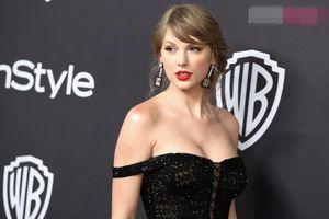 Tăng cân không ngăn cản Taylor Swift mặc gợi cảm