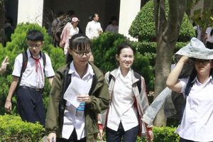 Đắk Lắk: Hơn 1200 thí sinh dự thi vào lớp 10 tại trường THPT Chuyên Nguyễn Du