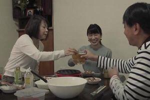Nhật Bản: Dịch vụ 'thuê gia đình' nở rộ, người dân chi 400 USD để có 'vợ con hờ' mỗi tối