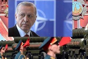 Thổ Nhĩ Kỳ mua hệ thống S-400 của Nga: Ankara và cái giá phải trả