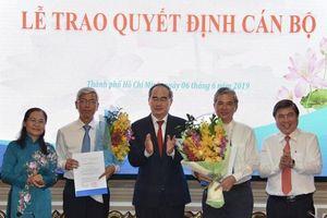 Trao quyết định phê chuẩn hai Phó Chủ tịch UBND TPHCM