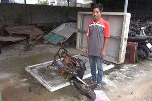 Trong cơn say rượu, mang xe trộm được ra đốt cháy