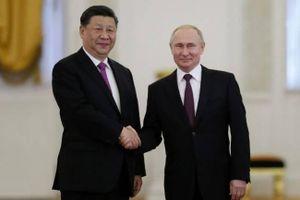 Nga-Trung bắt tay đối phó Mỹ