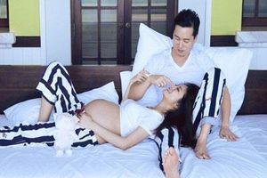 An Dĩ Hiên khoe bụng bầu trong bộ ảnh kỷ niệm 2 năm ngày cưới, điều đặc biệt đó chính là chụp tại Việt Nam