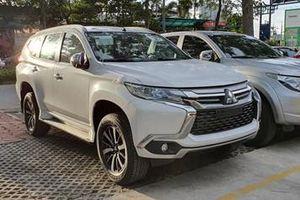 Mitsubishi Pajero Sport số sàn giá 980 triệu đồng trang bị những gì?
