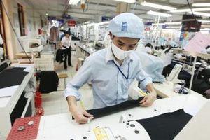 Doanh nghiệp dệt may Việt: Chọn đường hẹp để tiến, quyết không buông thị trường trong nước