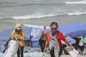 Giang Thị Kim Cúc: nữ 'chiến binh' nhặt rác xuyên Việt