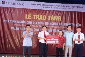 Agribank Chi nhánh Thạch Hà trao nhà tình nghĩa cho hộ nghèo