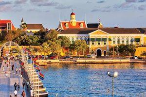 Tuyển Curacao 'đối đầu' với đội tuyển Việt Nam tại King's Cup có GDP cao ngất ngưởng, ẩm thực phong phú