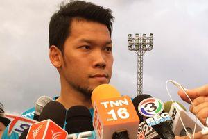 Truyền thông vây kín thủ môn Thái Lan sau sai lầm trước Việt Nam