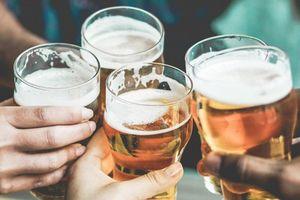 Bộ Y tế gửi báo cáo về tác hại của rượu, bia đến điện thoại người dân