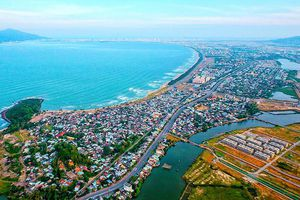 Đánh thức vịnh Đà Nẵng