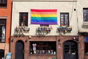 Sau nửa thế kỷ, sở cảnh sát New York chính thức xin lỗi những người LGBT bị đàn áp tại Stonewall