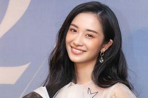 Jun Vũ nói gì khi bị chê là 'chỉ đẹp và chưa có gì đột phá'?