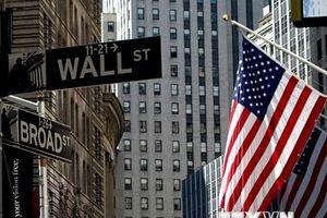 IMF nâng dự báo tăng trưởng kinh tế Mỹ song cảnh báo rủi ro gia tăng